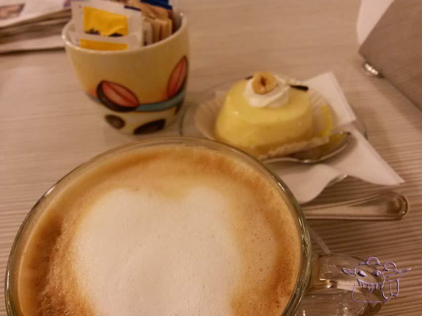 cappuccino, sweet shop, pastiseria, Udine, Italy