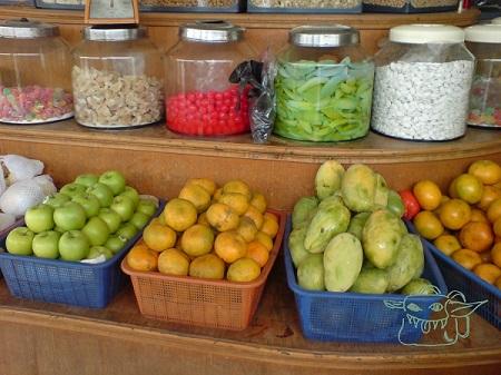 fruit market, goblin, store, shop, travel gear, hiking gear, goblinette on Pinterest