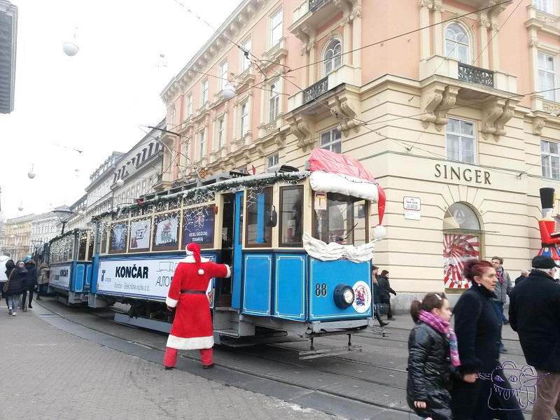 Santa, Zagreb, Advent, Christmas, Tram,