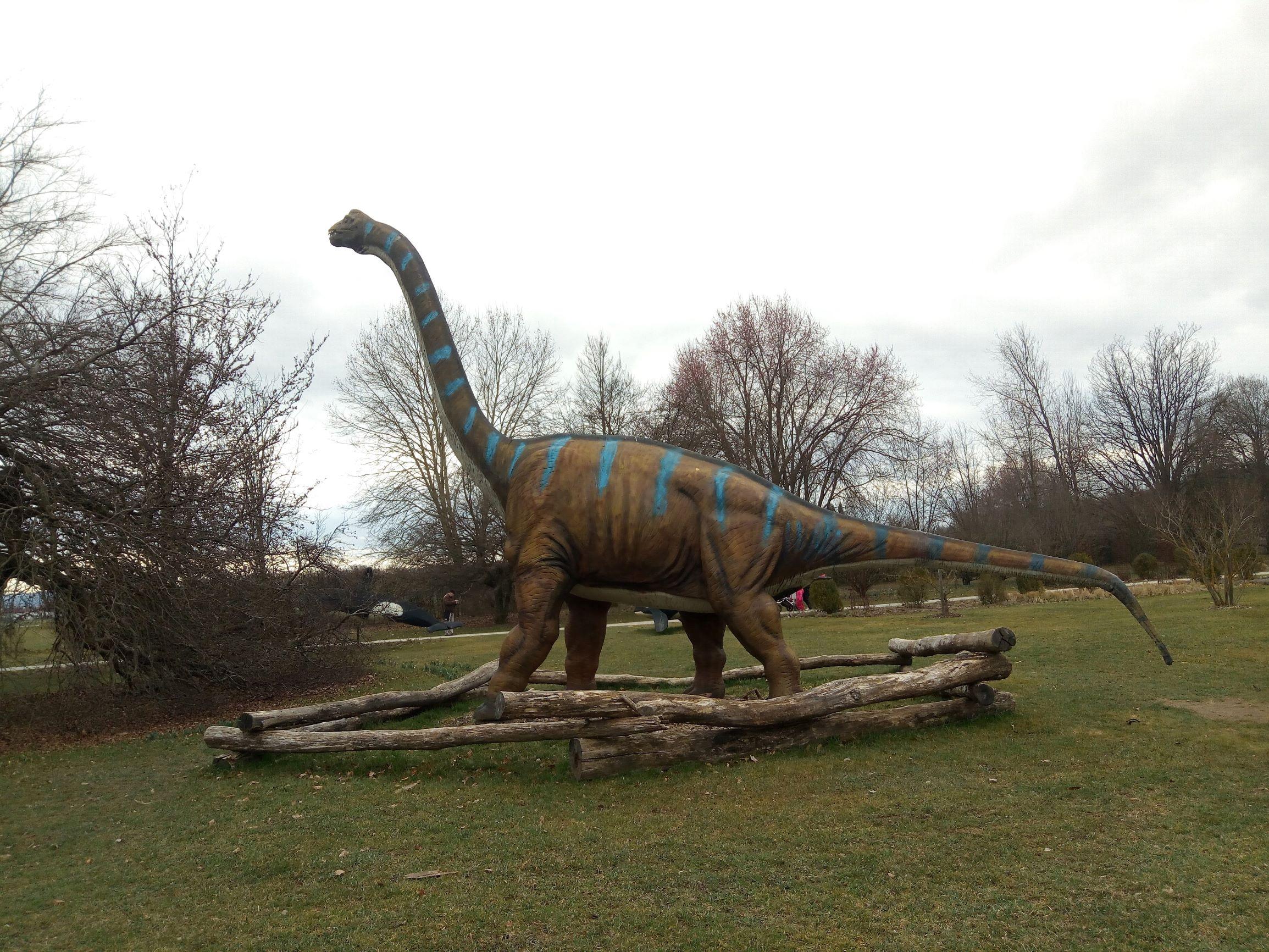 dinosair in Alboretum Volcji potok